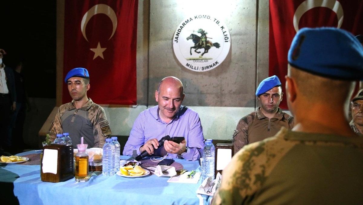 Cumhurbaşkanı Erdoğan, Süleyman Soylu aracılığıyla Cudi Dağı'ndaki askerlerle bayramlaştı - HaberMotto
